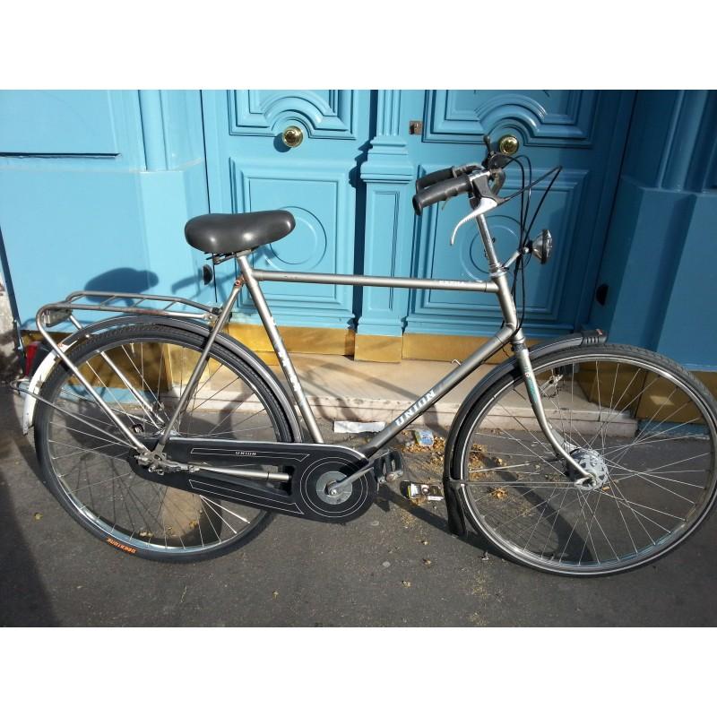 Velo Hollandais Union Homme Au Reparateur De Bicyclettes